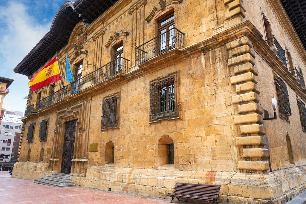 Oviedo , Asturias